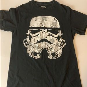 Black Darth Vader t shirt size small with florals.